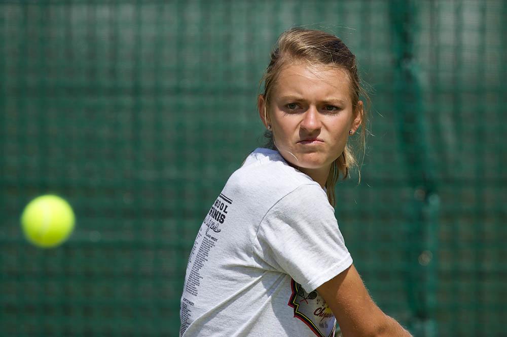 IMAGE: http://www.john-mactavish.co.uk/images/tennis/_R0V9009.jpg