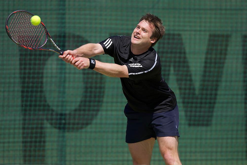 IMAGE: http://www.john-mactavish.co.uk/images/tennis/_R0V9335.jpg